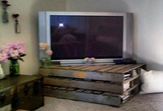 Stolik RTV z palet