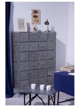 komoda metalowa z szufladami