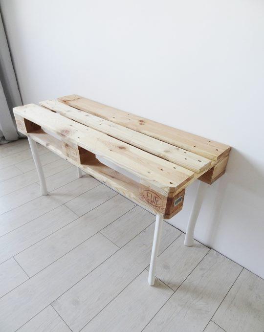 biurko z palet