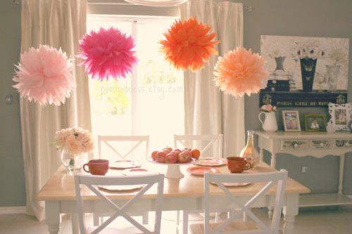 dekoracje przyjęcia  z pomponów