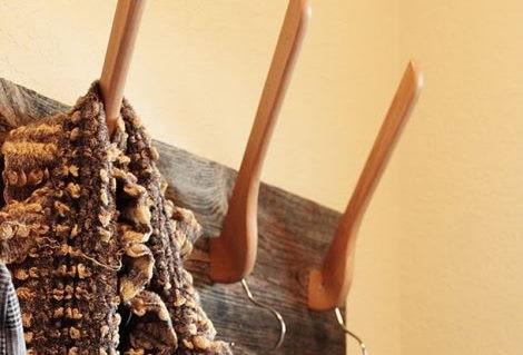 wieszak diy drewniany